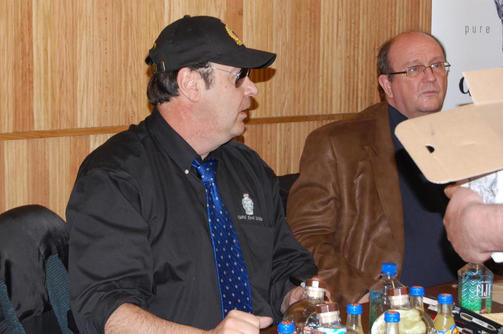 Dan Ackroyd signing Crystal Head Vodka bottles at Woodman's West